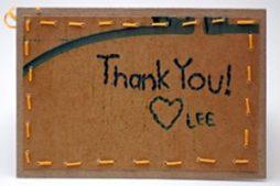 Cartão comemorativo com materiais reciclados