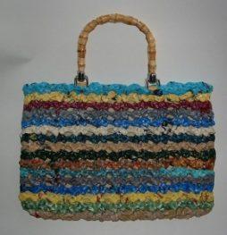 Recicle sacolas plásticas fazendo crochê