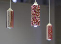 Luminárias com latinhas de tinta spray recicladas
