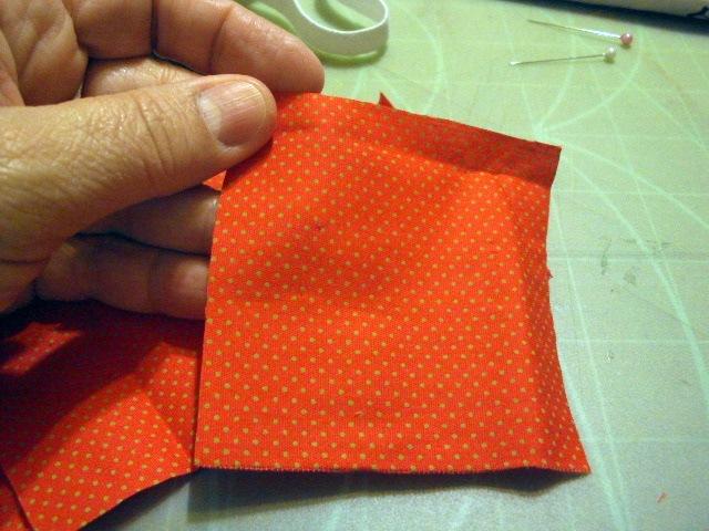corte-quadrados-de-tecido