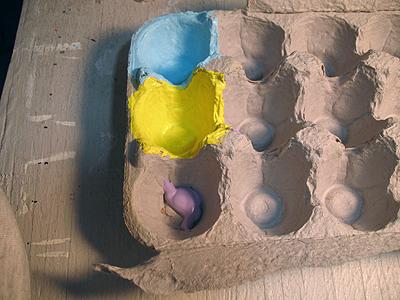 pinte-a-caixa-de-ovo
