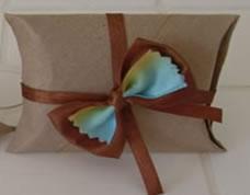 Embalagem reciclada com rolo de papel higiênico