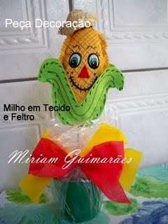 Milho em feltro e tecido para decoração de festa junina