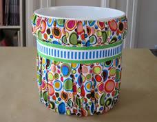 Lindo balde revestido com tecido – organize a sua casa