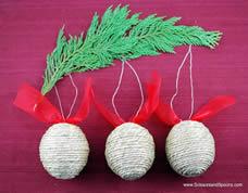 Linda bolinha para árvore de natal com fio de juta
