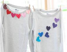 Aplique de feltro em formato de coração para camiseta