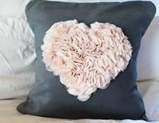 Almofada de coração personalizada – faça você mesmo
