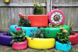 Reutilização de pneus para decorar o jardim