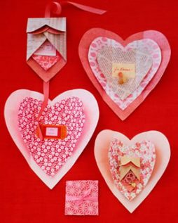 Cartão Criativo para o Dia dos Namorados em formato de coração