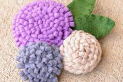 Como fazer flores de feltro de um jeito super fácil