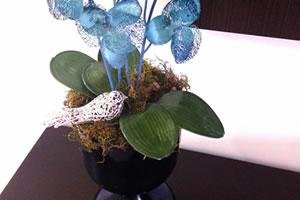 Aprenda a fazer um lindo vaso com garrafão de vidro