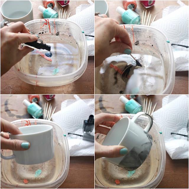 Jogue o esmalte, misture com o palito de dente e afunde a caneca no recipiente