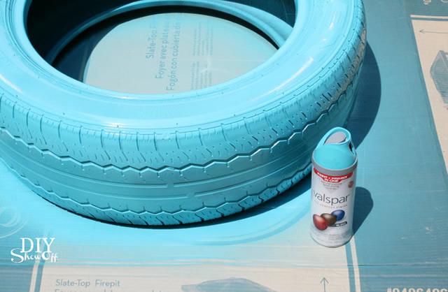 Comece a pintar o pneu