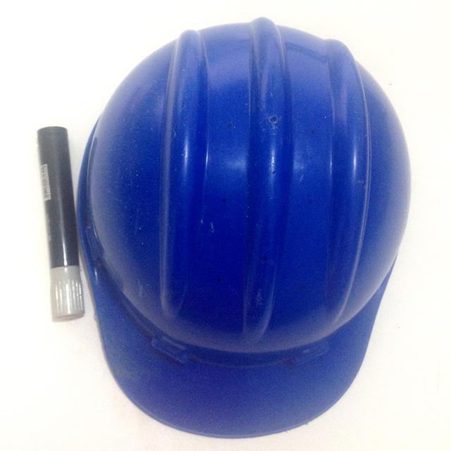 luminária com capacete de obra passo a passo