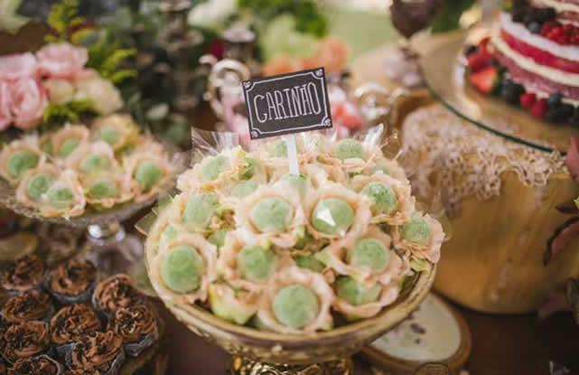 casamentos-mesa-com-doces