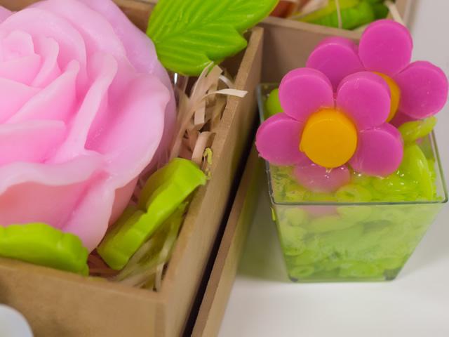 vasinho-de-flores-lembrancinha-com-sabonete