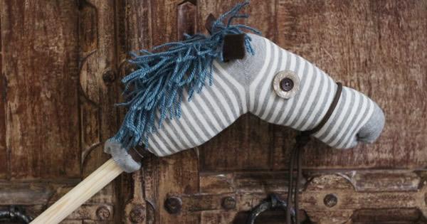 cavalinho-de-pau-como-fazer-brinquedo-artesanal