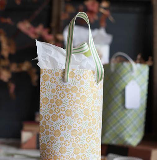 sacolinha de papel para presente