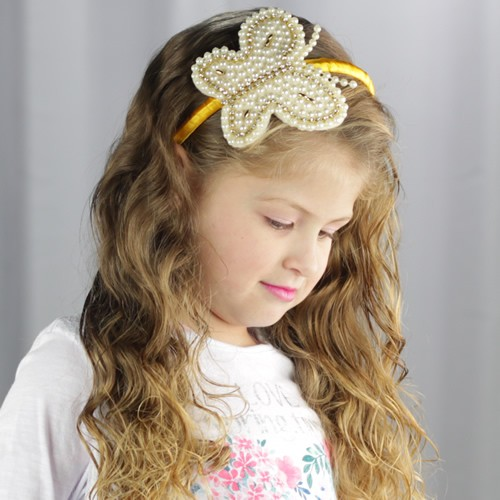 tiara-infantil-com-borboleta-em-pérolas