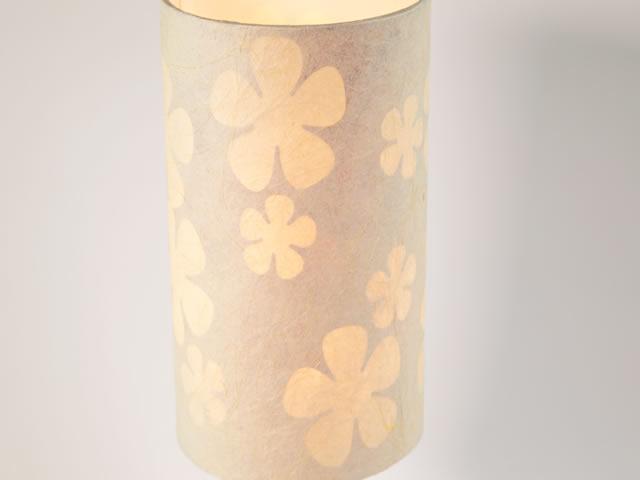 cupula-de-abajur-com-papel-artesanal