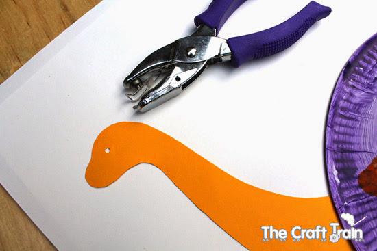 montagem-do-dinossauro-de-papel