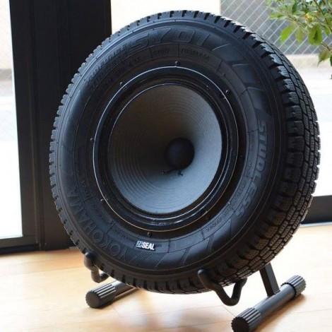 coluna-de-som-com-pneu-usado