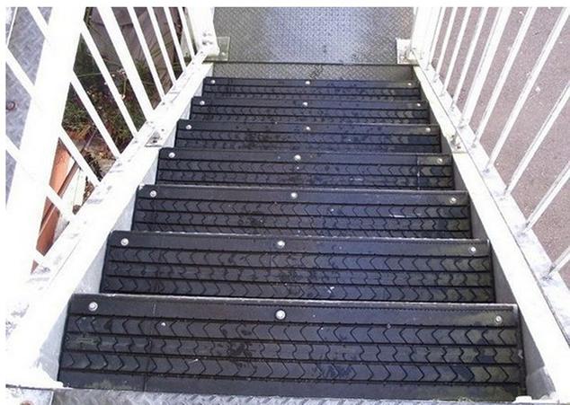 piso-antiderrapante-de-borracha-de-pneu-velho