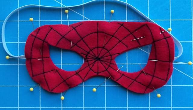 posicione-o-elastico-e-costure