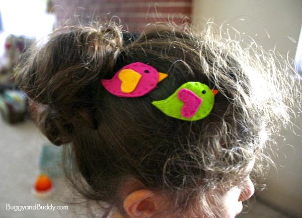presilha-de-cabelo-passarinho-de-feltro
