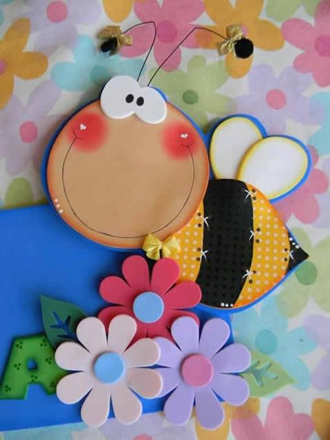 caderno-abelhinha-eva