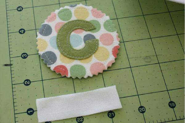 como fazer chaveiro de tecido
