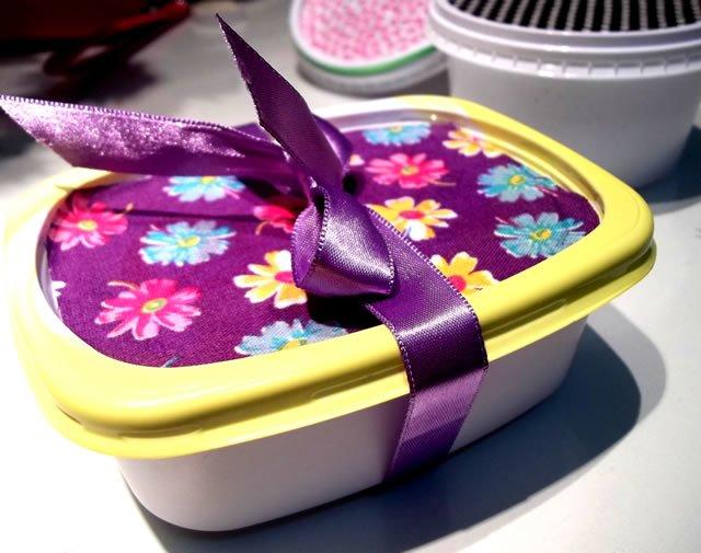pote de margarina decorado