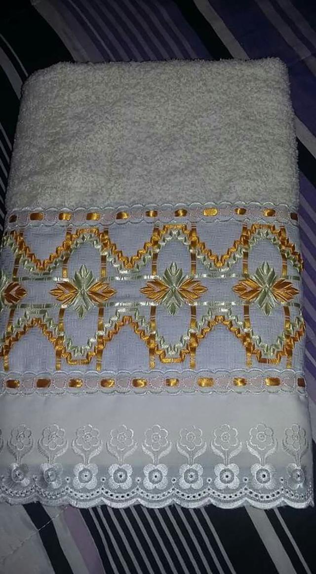 bordado com fita