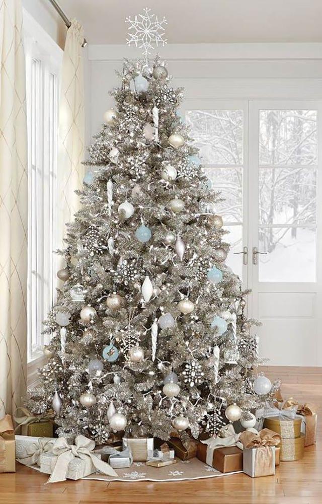 como montar uma árvore de natal