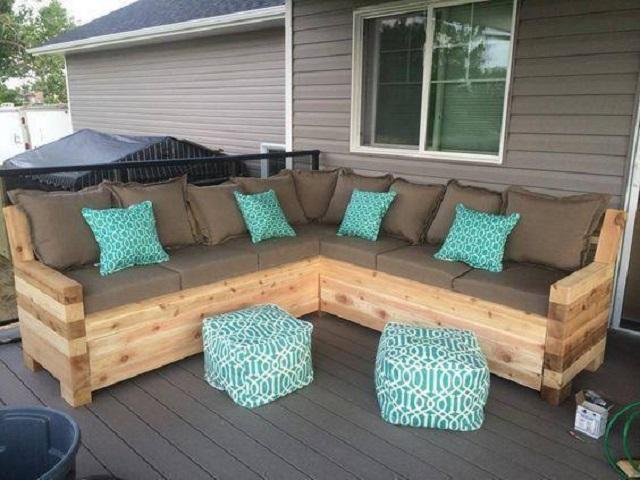 sofá de palete em L