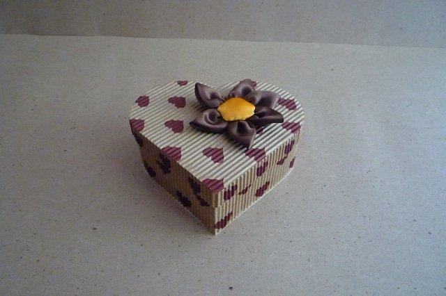 como fazer caixa de presente