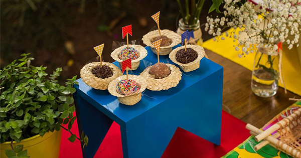 decoração de festa junina reciclável