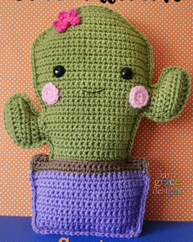 Crocheted rag doll amigurumi pattern - Amigurumi Today | 800x640