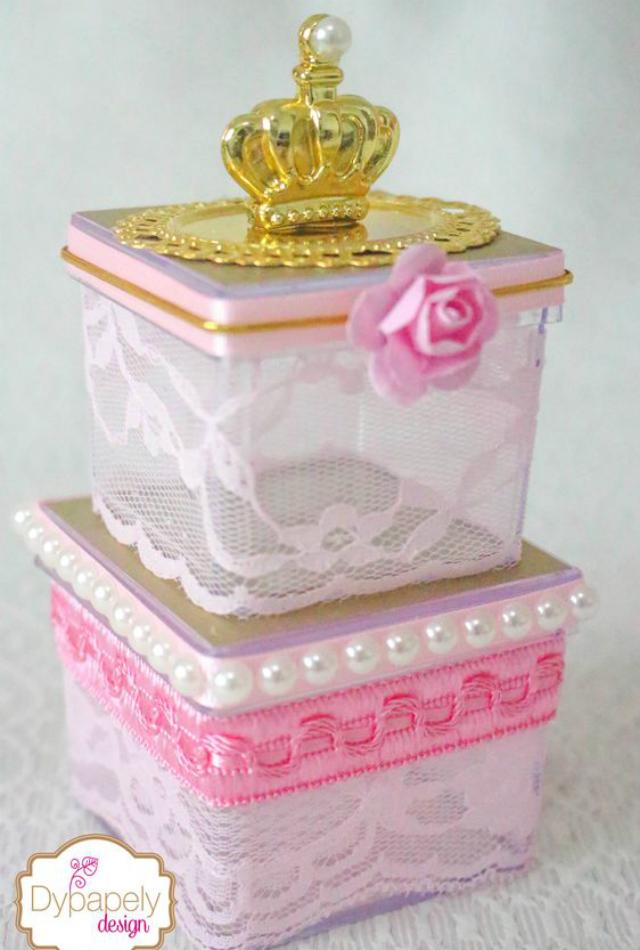 caixinha de acrílico decorada