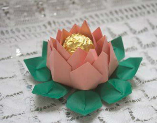 How to Make Origami Lotus Flowers (Photos) | Falun Dafa - Minghui.org | 500x640