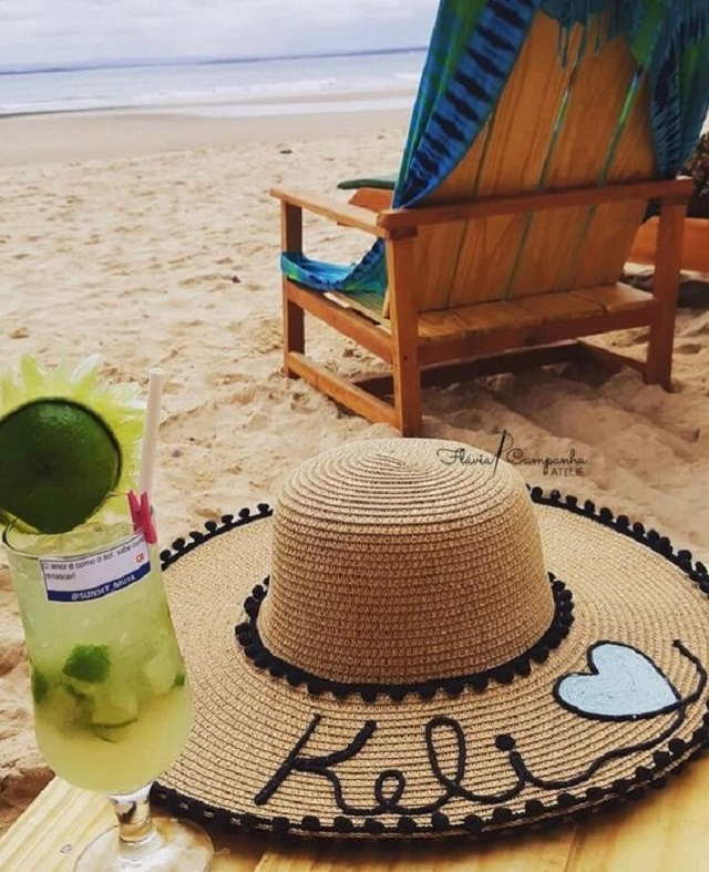 Chapéu de praia de palha