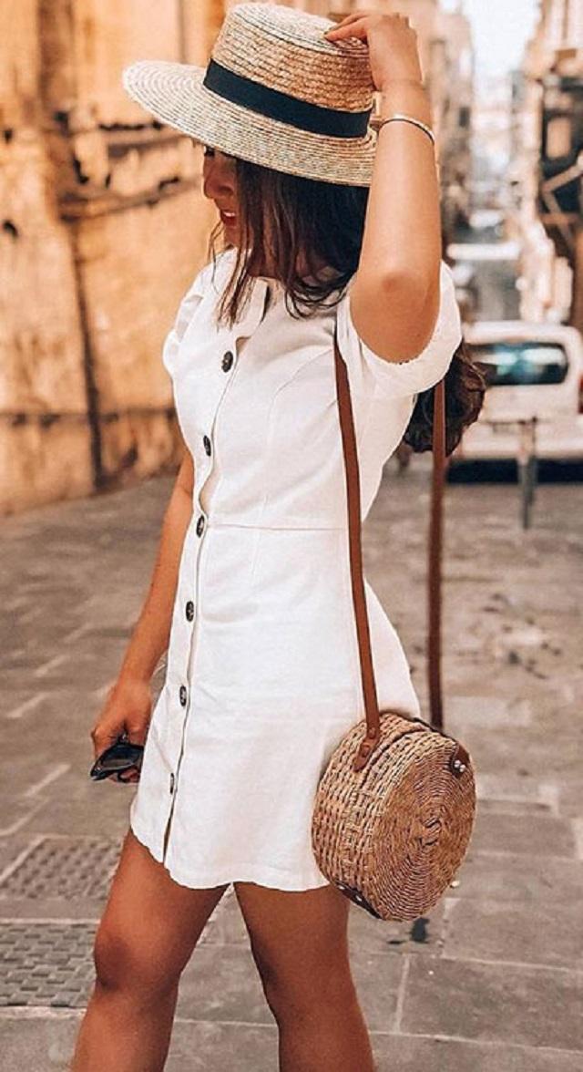 Chapéu e bolsa de palha