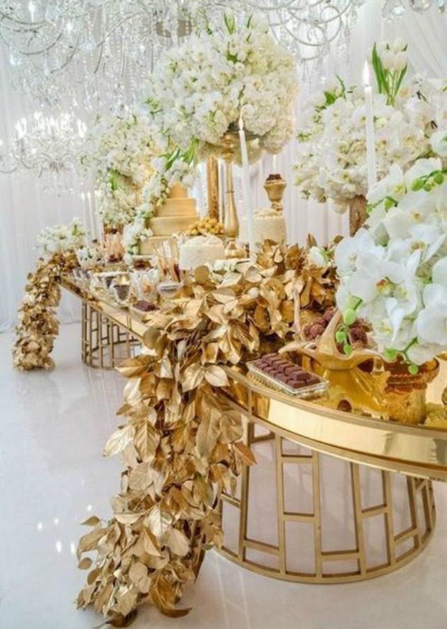 Mesa decorada bodas de ouro