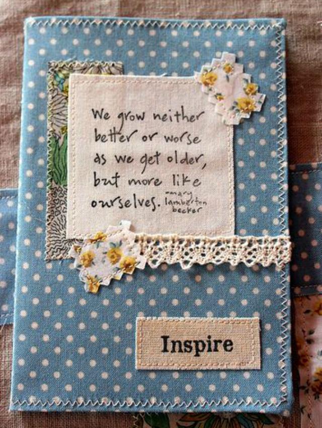 Caderno decorado com tecido poá