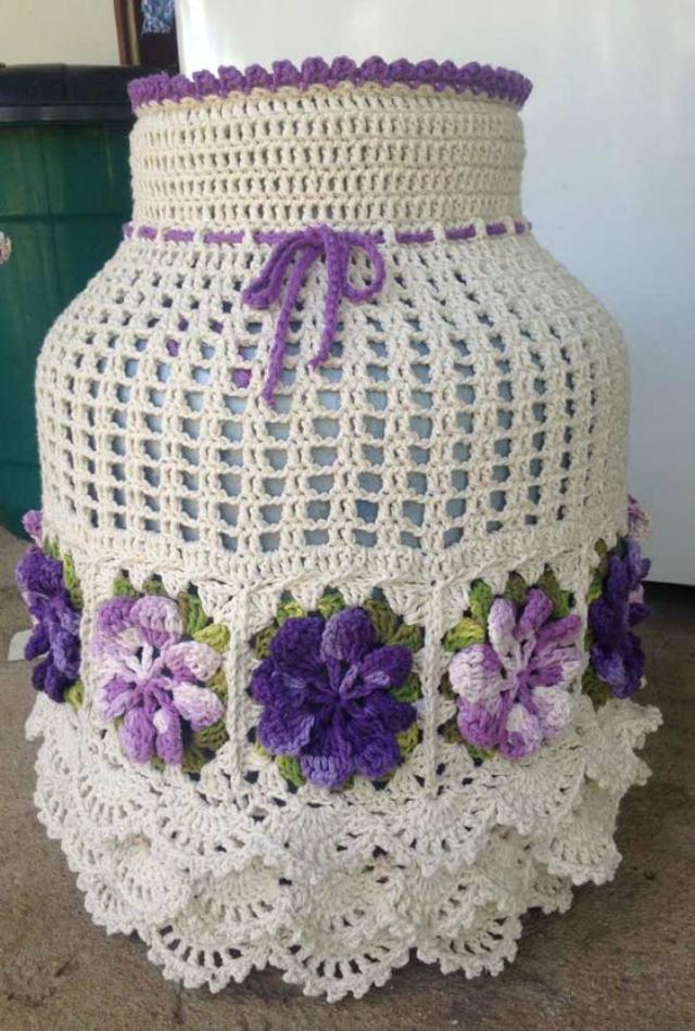 Capa de botijão de crochê quadradinhos da vovó