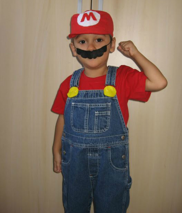 Fantasia Infantil do Mario