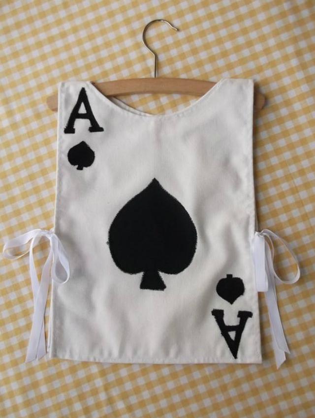 Fantasia Infantil de carta de baralho