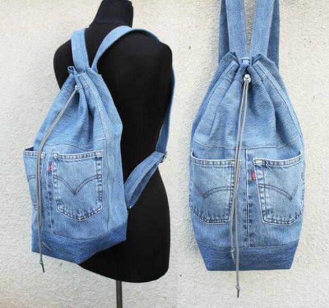 Mochila de calça jeans