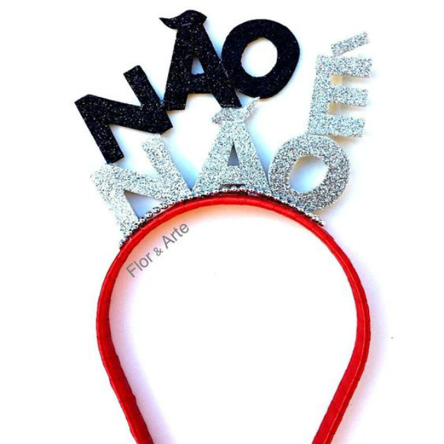 """Tiara de EVA com frase """"não é não"""""""