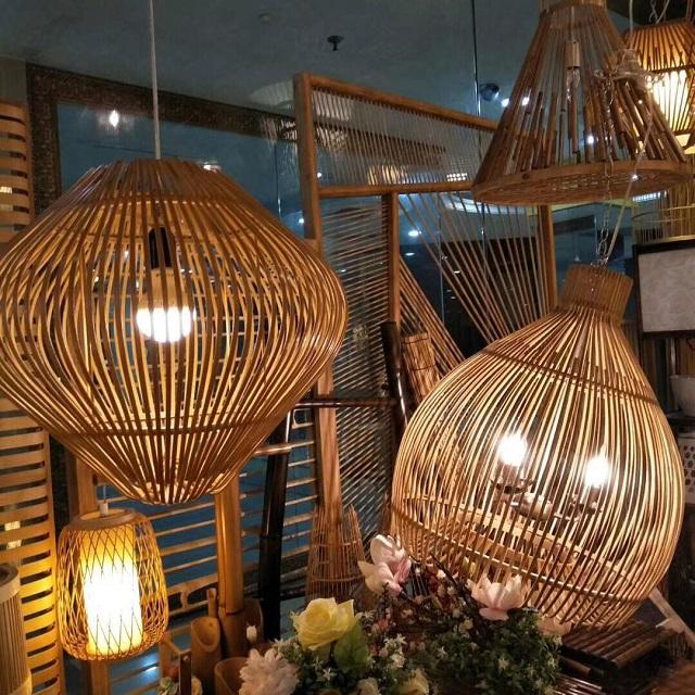 Lustres de bambu